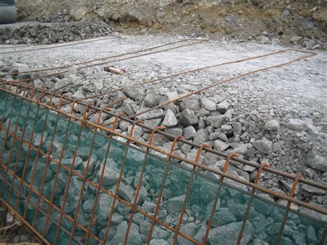 Gridlok A Soil Reinforcement System For Steep Slopes And