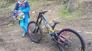 The best kids Downhill bike ever? - YouTube