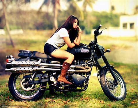 bureau style tlcharger fond d 39 ecran fille bottes moto fonds d