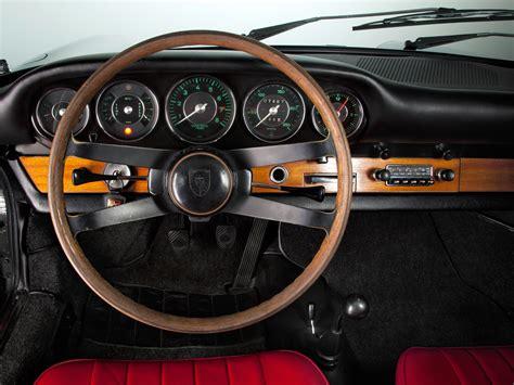 porsche    coupe  classic interior