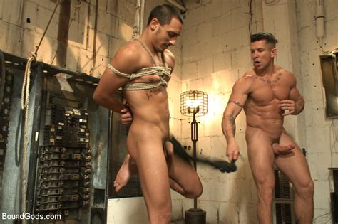Guy Gets Tied Up And Put In Special Cage Be Xxx Dessert