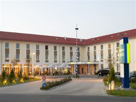 holiday inn express munich airport  germany room deals
