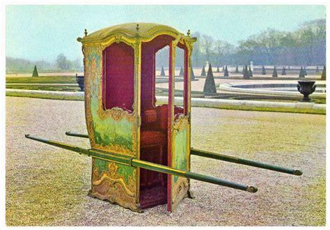 chaise a porteur héraldie la chaise de madame la marquise est avancée