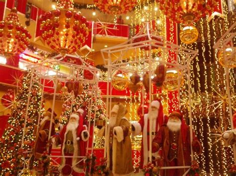elaborate christmas decorations at trinidad mall