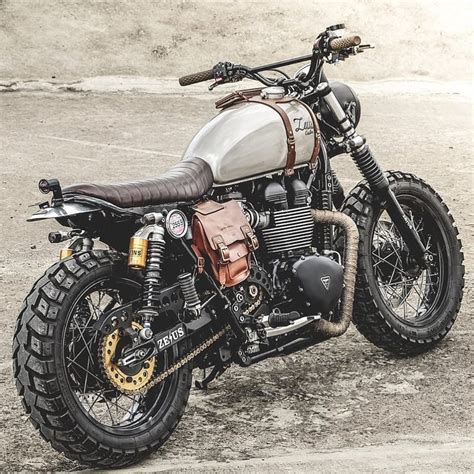 Kawasaki W175 Side Bag by Ducati Scrambler By Zeus Custom Customs Motorcycle