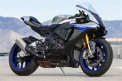 Yamaha R1m Modification by 2018 Yamaha Sportbike Lineup Review R3 R6 R1 R1m