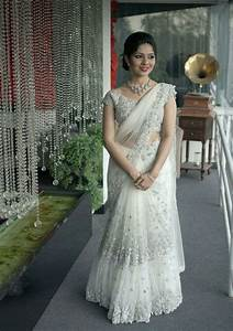Pin by elsa on Lehangas.... in 2019 | White saree wedding ...