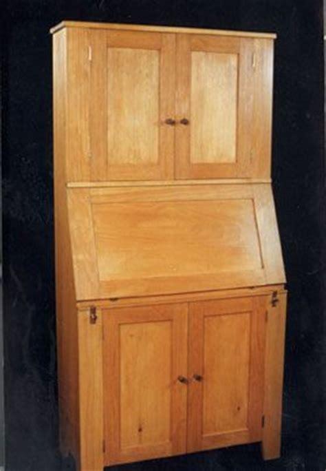 painted pine desk cabinet dorset custom furniture  mosheim vt