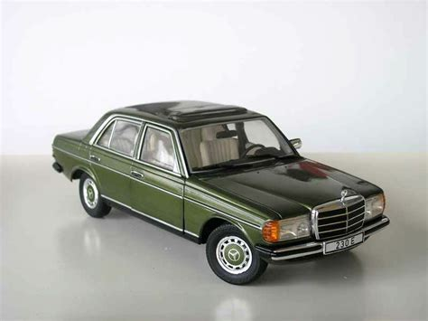revell 1983 mercedes 230e w123 green metallic le of 1000 1 18 new item ebay