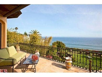 Brad Garrett's Malibu Home On The Market | Homes of the Rich