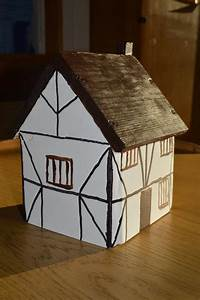 Ralph Sadleir School Year 5s Home Made Tudor Houses