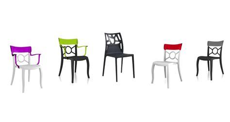 Décoration De Salle à Manger  Des Chaises Colorées