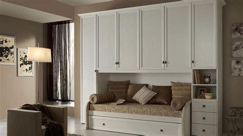 ladari per camerette classiche camerette classiche a ponte idee di design per la casa