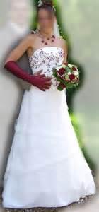occasion du mariage robe de mariée pas cher ivoire bordeaux occasion du mariage