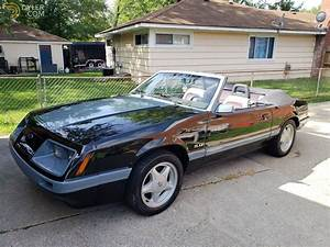 Classic 1985 Ford Mustang GT Convertible for Sale - Dyler