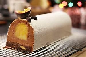 Buche De Ramonage Danger : recette b che de no l au chocolat et insert fruits exotiques facile ~ Dode.kayakingforconservation.com Idées de Décoration