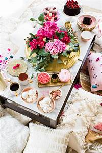 How to Throw a Valentine's Day Inspired Dessert Party this ...