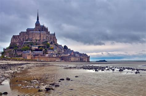 normandy malo mont michel and loire valley 4 day