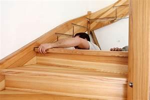 Fabriquer Son Escalier : escalier interieur piscine bois ~ Premium-room.com Idées de Décoration