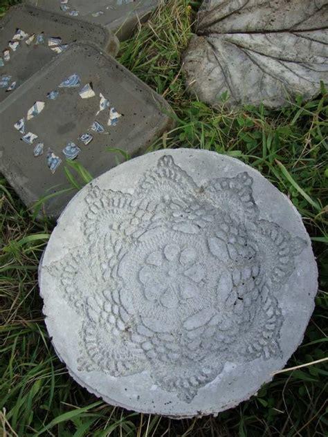 Gartendeko Aus Beton Basteln by Runde Trittplatte Aus Beton Mit Spitzenmuster Geschenke