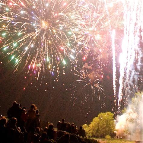 Nashville Shores Pontoon Boat Rental by Fireworks Special Events Nashville Shores