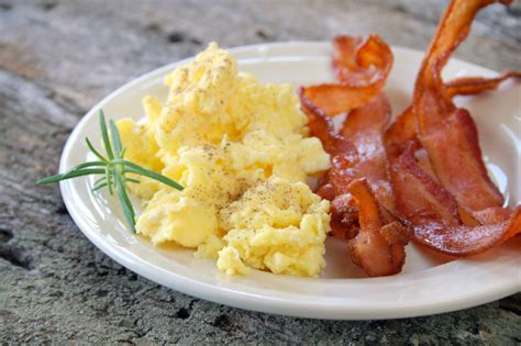 eggs and bacon the best scrambled eggs and bacon breakfast