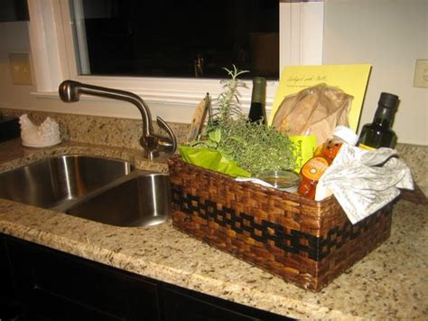 25+ Best Ideas About New Homeowner Gift On Pinterest