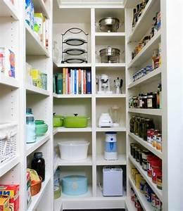 Schrank Für Kellerraum : organisieren sie ihre speisekammer heute home kitchen ~ Frokenaadalensverden.com Haus und Dekorationen