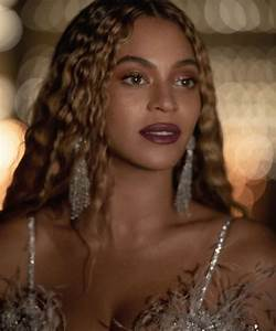 Beyonc Takes It Back With Performances Of XO Or Ave