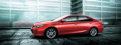 2016 Toyota Camry Review, Prices & Specs