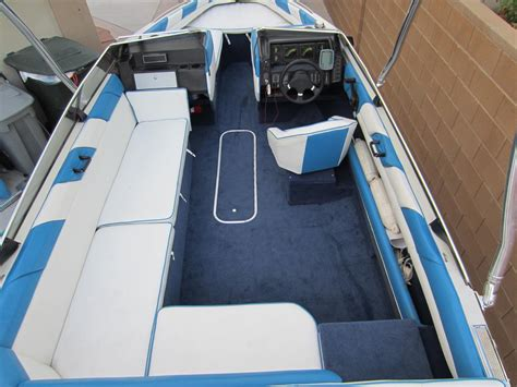 Parts Of A Boat Interior by 1989 Bayliner With Live Well Pics Search