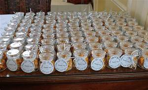 Team wedding blog the pick of personalized wedding favors for Best wedding party favors