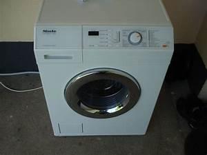 Miele Waschmaschine Entkalken : miele softtronic w437 waschmaschine w 437 frontlader on ~ Michelbontemps.com Haus und Dekorationen