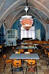 Restaurant Austria Berlin : restaurant berlin kreuzberg chairs by egon eiermann lighting by poul henningsen endless ~ Orissabook.com Haus und Dekorationen