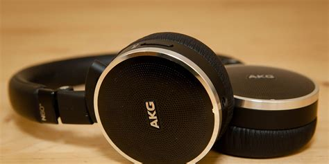akg n60nc review mute the outside world with these noise