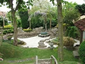 Weiße Steine Garten : japanischer garten stein platten wei e kiessteine ~ Lizthompson.info Haus und Dekorationen