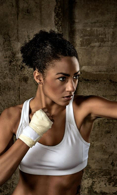 Sporty Girl Boxing - Blackberry 10 Wallpaper