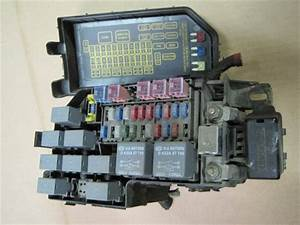 2003 2004 2005 Kia Rio Oem Main Fuse Relay Box  Check
