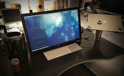 macbook pro desk setup mac setups mac pro with swivel mounted apple cinema 27