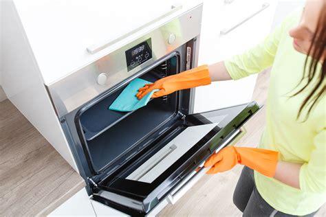 Mikrowelle Reinigen Backpulver by Ofen Reinigen Mit Backpulver Backofen Mit Essig Reinigen