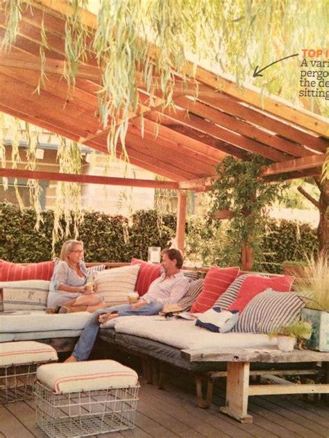 slanted roof slat pergola   homes  gardens