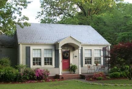adorable  bungalow love   covered porch