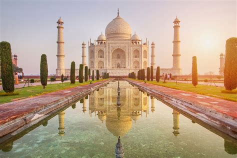 taj mahal dropped  tourism booklet  state government  independent