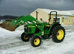 John Deere 5210  5310  5410  And 5510 Tractors Service