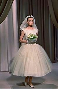 Audrey hepburn wedding dress funny face kullee for Funny face wedding dress