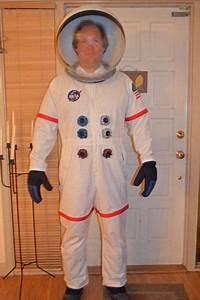 DIY Full Body Astronaut Suit Costume   disfresses espai ...