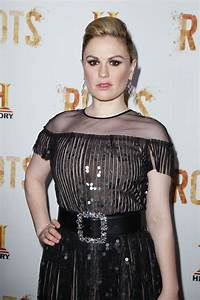 Anna Paquin Latest Photos - CelebMafia