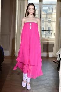 Robe Tendance Ete 2017 : le rose couleur tendance de la mode 2017 l 39 express styles ~ Melissatoandfro.com Idées de Décoration