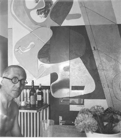 Eileen Gray Le by Mid2mod Le Corbusier S Strange Obsession With E 1027