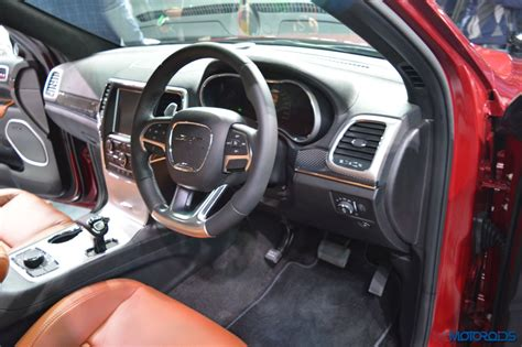 srt jeep 2016 interior auto expo 2016 jeep wrangler unlimited grand cherokee